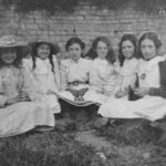 Young-girls-1913